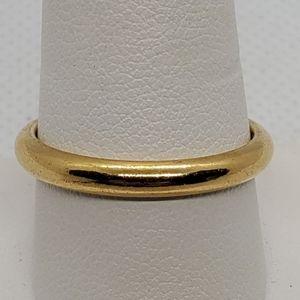 Avon Gold Ring